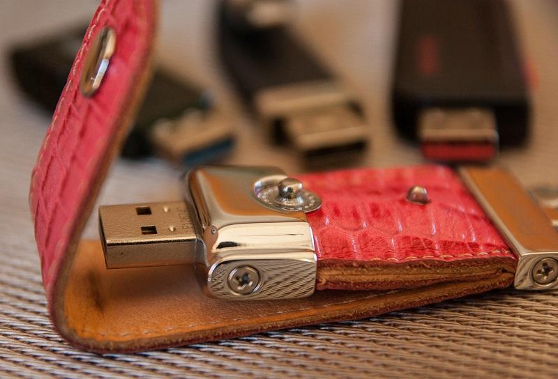 Comment choisir le design et la personnalisation de clés USB publicitaires ?